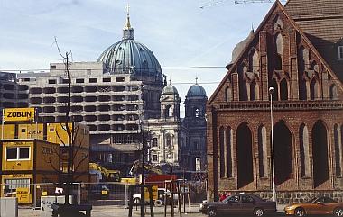 Abriß des Palasthotels 2001